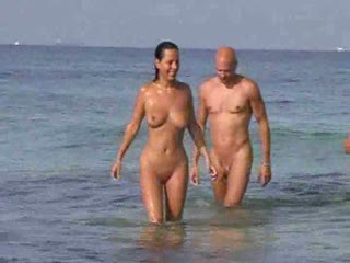 2 swingers couples on nude beach